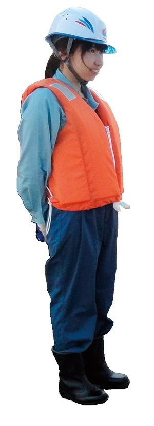 新日鉄住金エンジニアリング(株)の笹井綾乃さん。作業服を来て現場に出ることも。